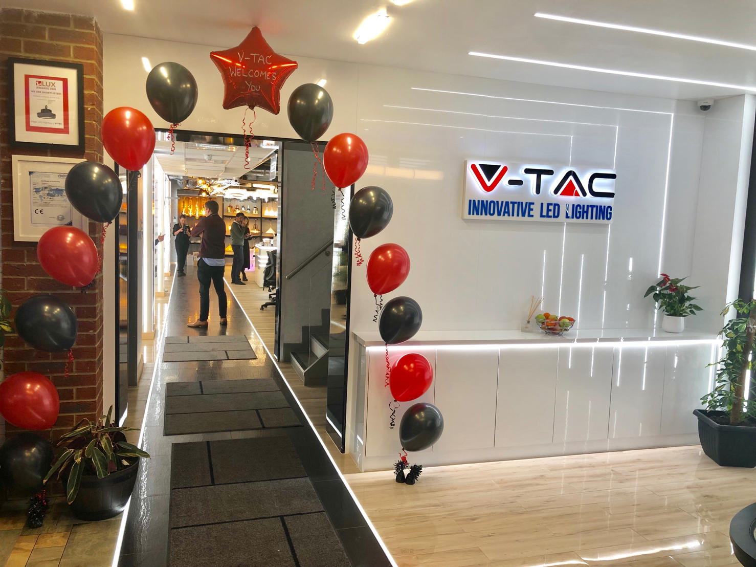 V-TAC launches Showroom in Slough, UK