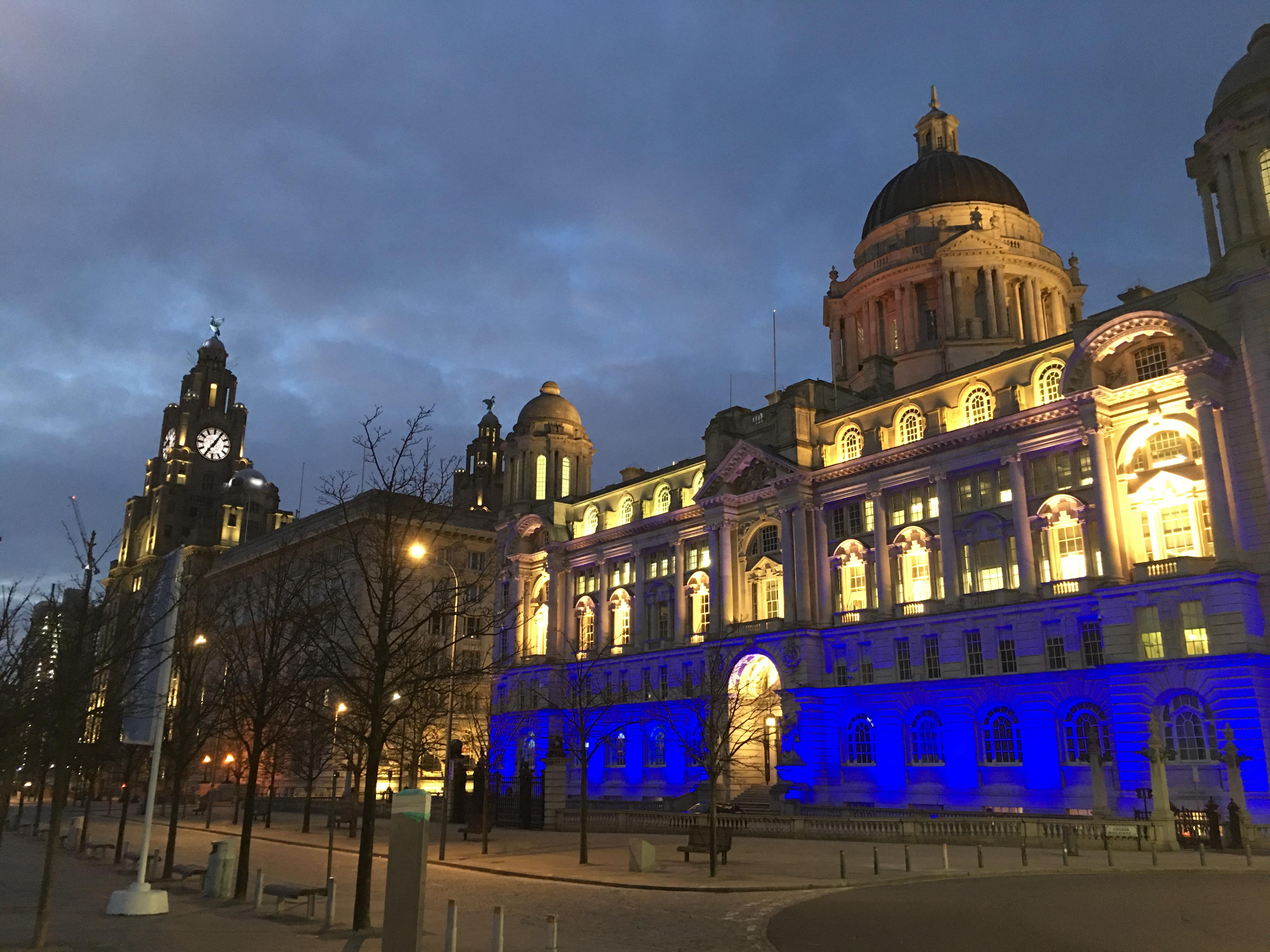 V-TAC floodlights replace old fixtures at Port of Liverpool building